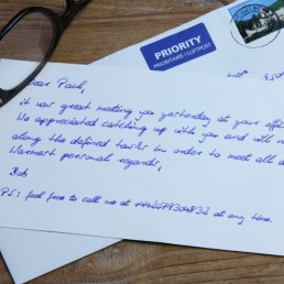 Handwritten premium Note with up to 400 by robots