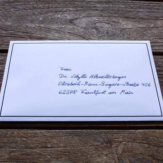 Was Schreibt Man Auf Umschlag Trauerkarte