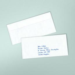 handschriftlich adressierte Kuverts